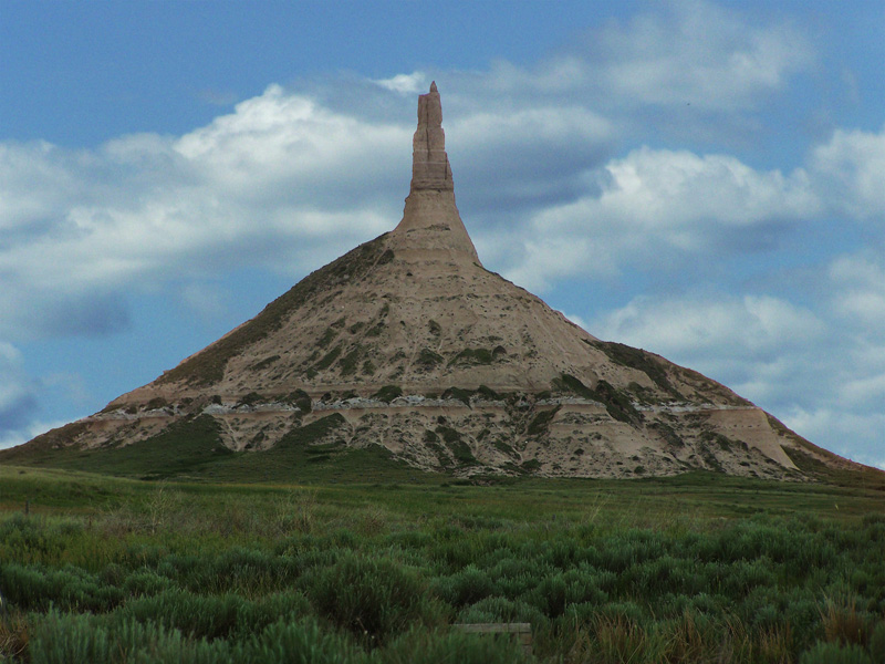 the history of chimney rock