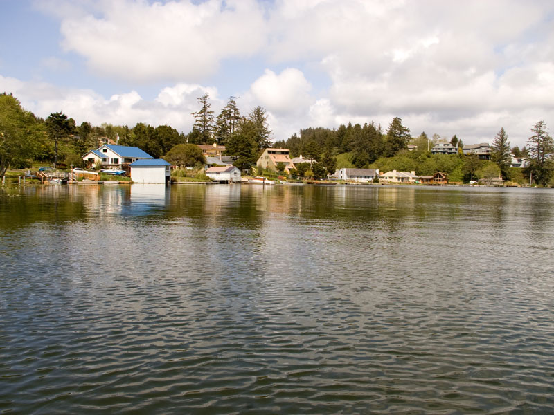 Devils lake state park an oregon park for Devils lake oregon fishing