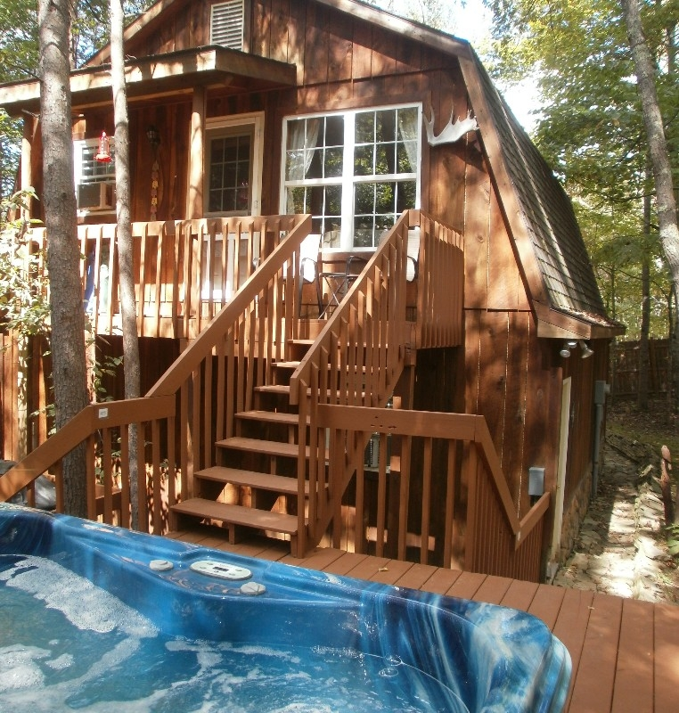 Amazing Com: The Tree House In Hocking Hills