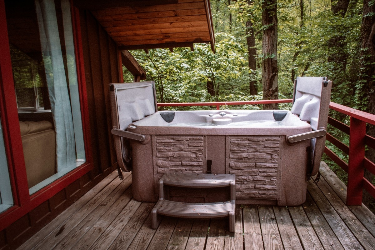 Hot Tub Blue Cabin - Hot Tub Blue Cabin