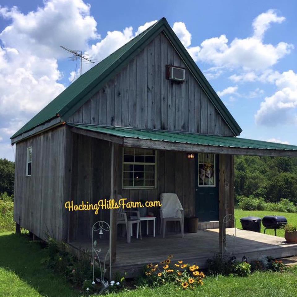 Hocking hills farm hocking hills cottages and cabins for Little pine cabin hocking hills