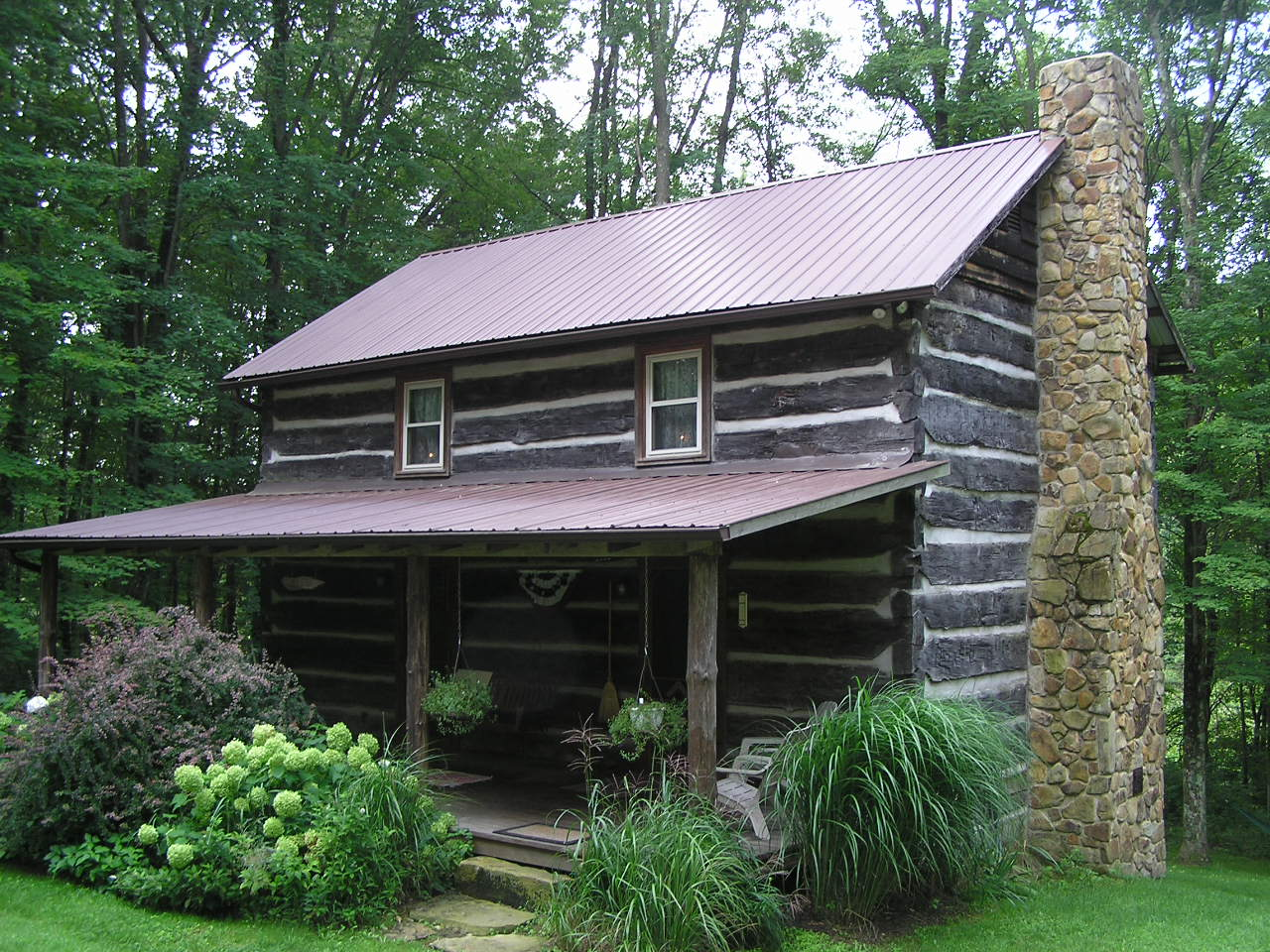 Little Cola Cabin  Hocking Hills Cottages and Cabins