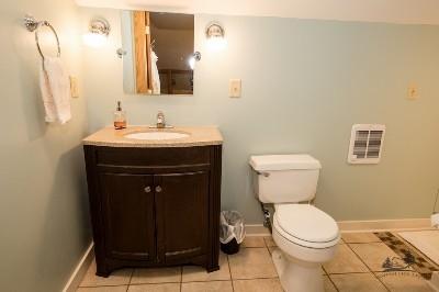 Loft bathroom - The loft bathroom has a shower only.