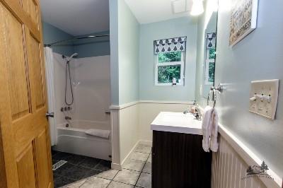 First floor bathroom - A full bathroom