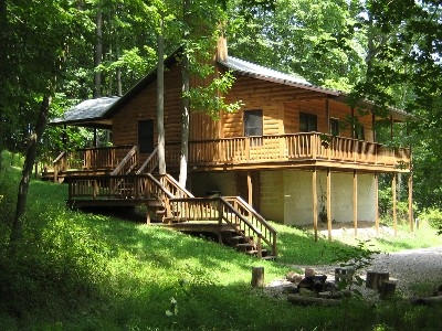 Walnut Valley Cabin - A wonderful getaway for couples, small families, and friends