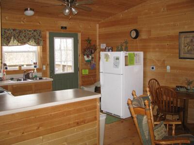 Twin Oak living room/kitchen