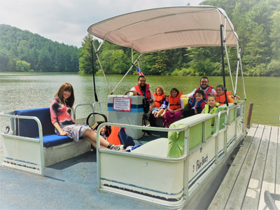 Pontoon boats of all sizes! - Life jackets provided for our 6 pontoon boats that can accommodate 3 or fewer guests 5 or fewer guests 6 or fewer guests 8 or fewer guests 11 or fewer guests