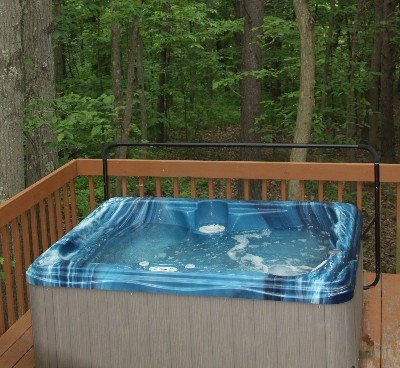 Hot Tub/ 4 seater