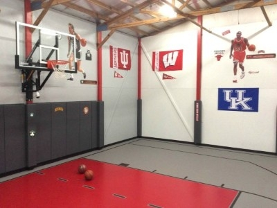 Inddor Basketball/ Dodgeball room - 30 x 40 Indoor basketball room Adjacent to the Lodge