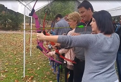 TrekNetwork intro to archery - Executive team buildling with an introduction to archery