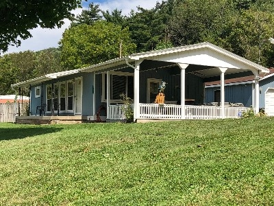 Blue Jay Cabin