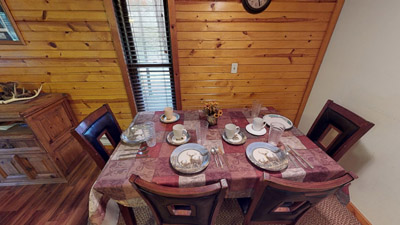 Whitetail Cabin Dining Area - Kitchen comes equipped with all the amenities and appliances you need for a getaway. Just bring food!