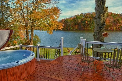 Your view in the Fall - Come enjoy Eagle View Lake House and this will be your view in the fall.