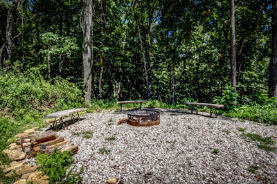 Briarwood Fire Pit - Outside fire pit with seats