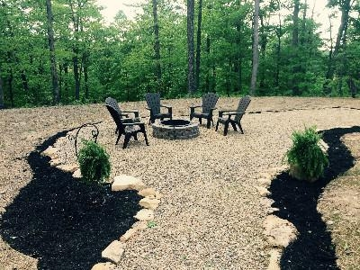 Outdoor Fire Pit - The outdoor fire pit also has a picnic area and umbrella.  Perfect for an outdoor meal or s