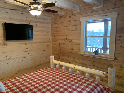 Queen size bedroom - Sleeps 2 and a TV for viewing in your own nook of the cabin.