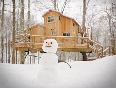 Snowman at Hocking Hills Treehouse Cabins - There