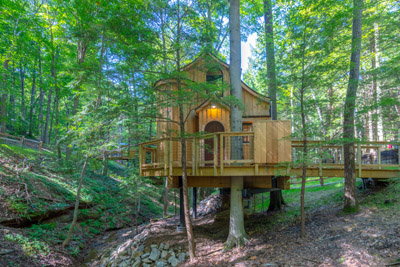 Beech Treehouse  Hocking Hills Treehouse Cabins - Come relax and recharge in your private treehouse getaway in the heart of the Hocking Hills