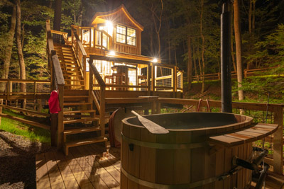 Beech Treehouse  Hocking Hills Treehouse Cabins - You