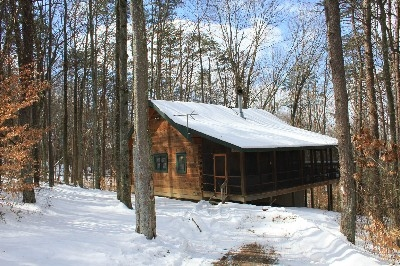 Sunset Log Cabin - Includes a screened in porch and located on a hill top.