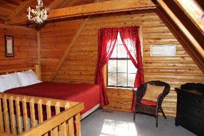 Van Buren 2 Loft Bedroom  - Queen Bed located in Loft Bedroom.
