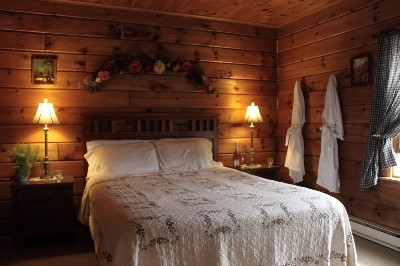 The Perfect Country Bedroom - So cozy and romantic