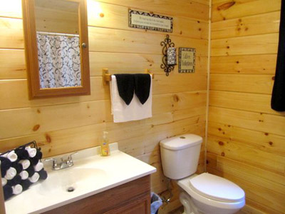 Cabin bathroom - Bathroom with shower