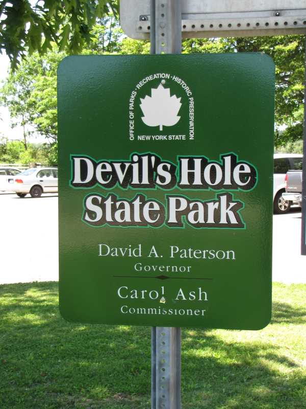 Devils hole state park a new york park located near for Chateau motor lodge grand island ny