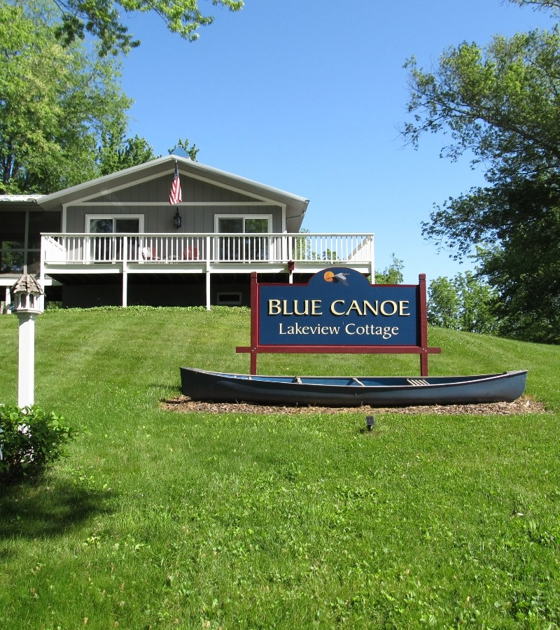 Blue Canoe Lakeview Cottage Hocking Hills Cottages And