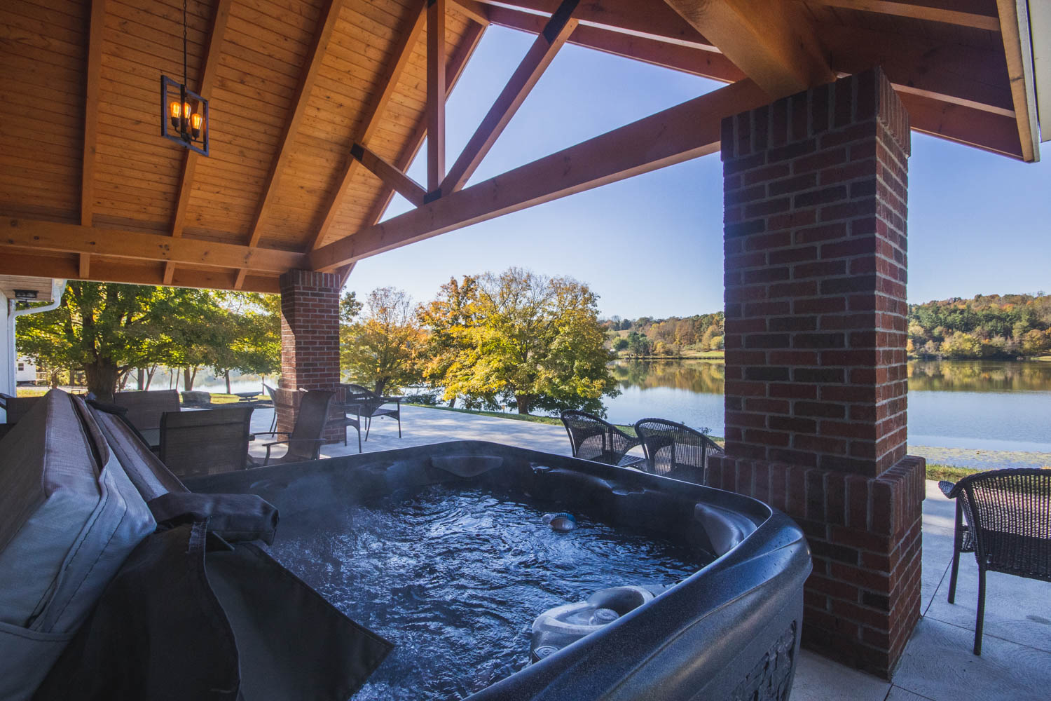 Lake House Hot Tub
