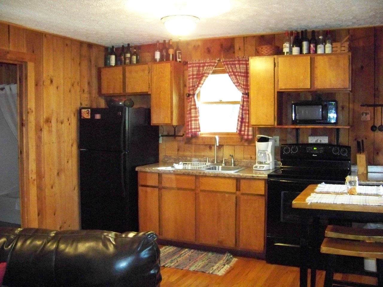 Hocking Hills Cabins - Hocking Hills Cottages and Cabins