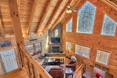 Hickory Hollow Retreat - Great room