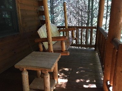Chicory Cabin - Front porch