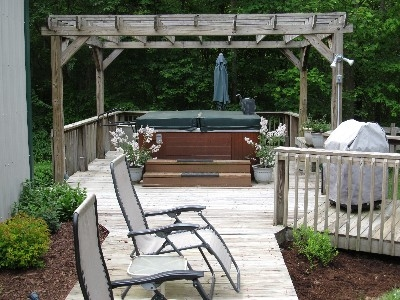 Carps Hot tub/patio