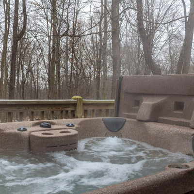 New Hot tub - Jan. 2019 we got a new hot tub at the Woods Cabin.
