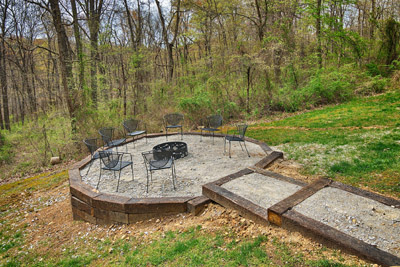 Bobcat Bluff Firepit - Great firepit area out back with plenty of seating