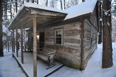 Red Log Cabin - Winter is still here