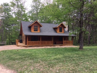 Black Bear Hideaway - Opened in 2017 as a rental.
