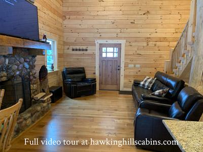 Hawking Pond Cabin - Main floor family room