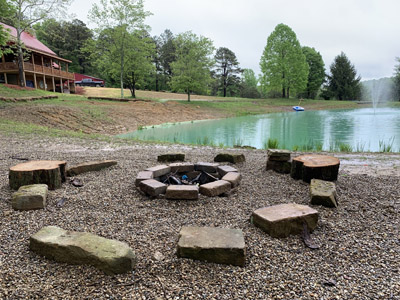 Hawking Pond Cabin - Fire pit