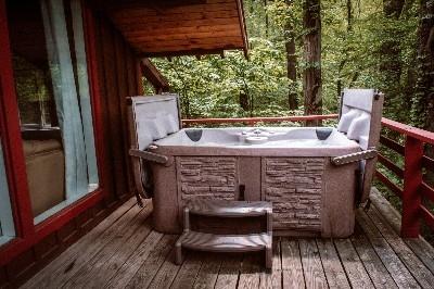 Photo 21_5093.jpg - Hot Tub Blue Cabin