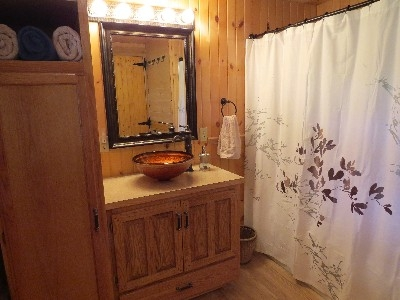 Bathroom - Bathroom
