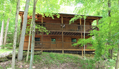 Hill Side  - 4 Beds, 2 Baths, Hot Tub, Pool Table, Etc.