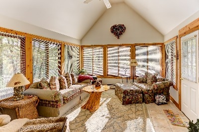 Lake House Sun Room - Seasonal Sun Room. See more at Cherryridgeretreat.com