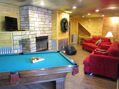 Lower level - Pool table