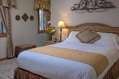 The MacDougal Croft - The MacDougal Croft bedroom
