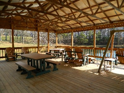 Pavilion - Pavilion overlooking the catch and release pond. Open for all High Rock Hideaways guests.