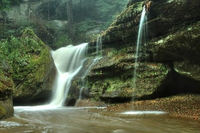 Cedar Falls Side Falls -  Comes from the trail to the parking lot. Shot same day as Violent Cedar Falls.