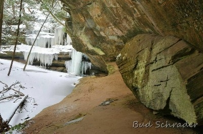 Rocks and Ice, Old Mans Cave Gorge - Just like the title says, near upper falls.